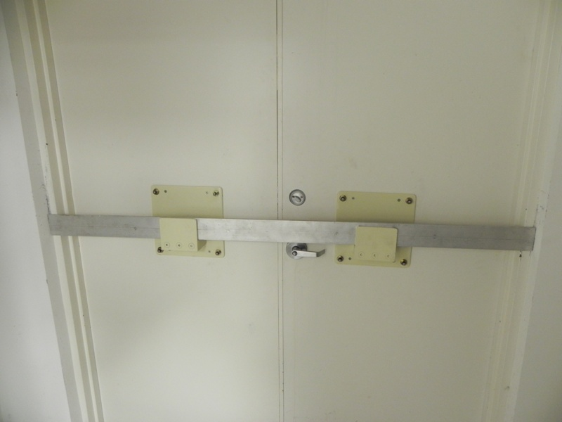Door Bars Amp Tell Mfg Commercial Exit Device Panic Bar